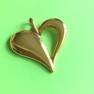 Jewelry - Gold Heart Pendant